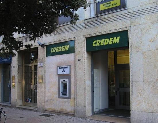 В Италии есть банк, который принимает в качестве залога сыр пармезан