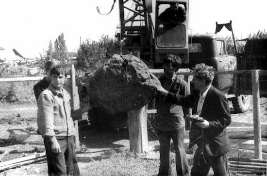 5 самых крупных метеоритов из всех падавших на Землю