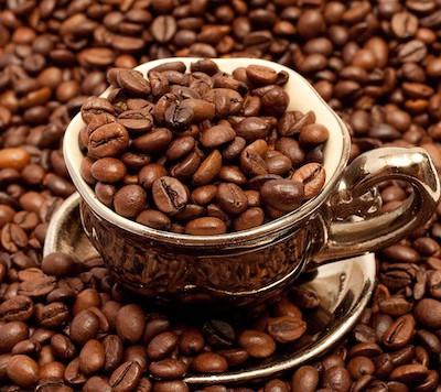 Наибольшая доза кофеина, которая попала в организм человека, и он при этом остался жив, была около 100 г