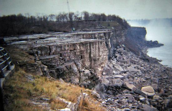 Однажды Ниагарский водопад перестал падать