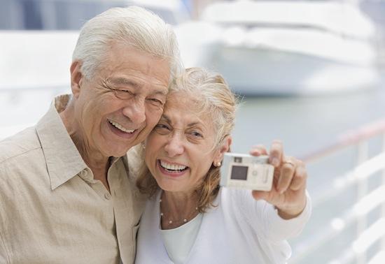 В старости люди становятся счастливее