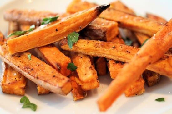 Чёрные пятна на картофеле фри – это сахар