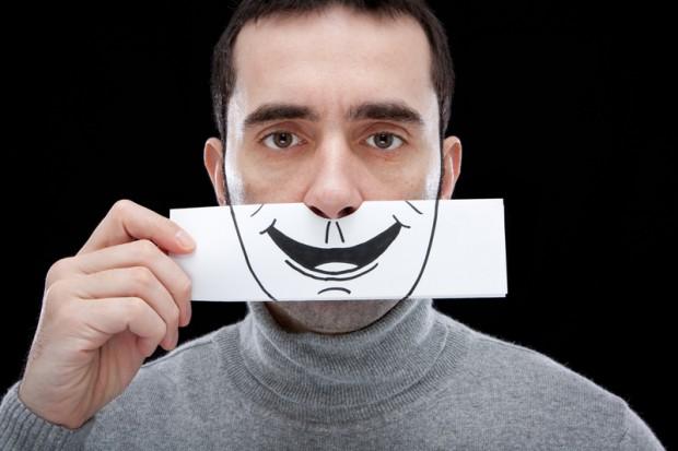 Человек, который соврал и не был пойман, склонен к оптимизму