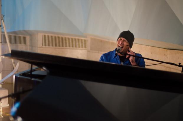 Сотрясение мозга превратило обычного мужчину в музыкального гения