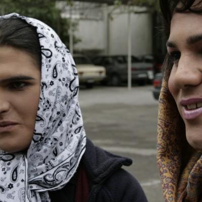 Иран занимает 2-е место в мире по количеству трансгендерных операций, но геев и лесбиянок там казнят