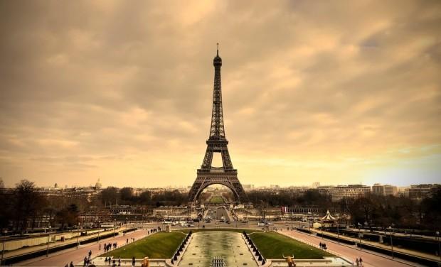 Фото эльфивая башня в париже 1