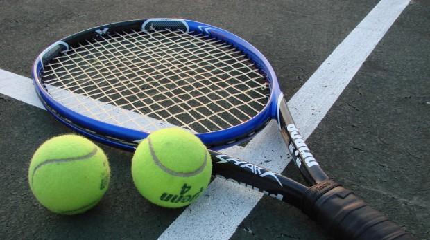 Теннис изобрели французские монахи в XII-м веке