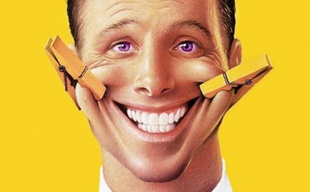 Мозг современного человека реагирует на смайл как на настоящее улыбающееся лицо :-)