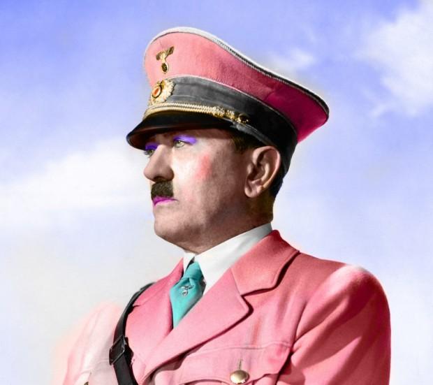 Британские шпионы планировали постепенно превратить Гитлера в женщину