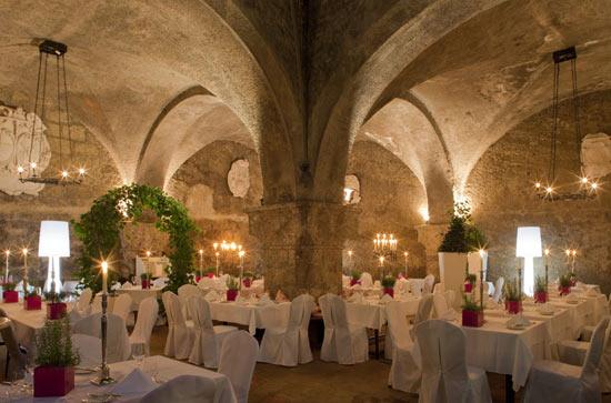 Старейшей в мире ресторан был открыт в 1153-м году и работает уже более 800 лет