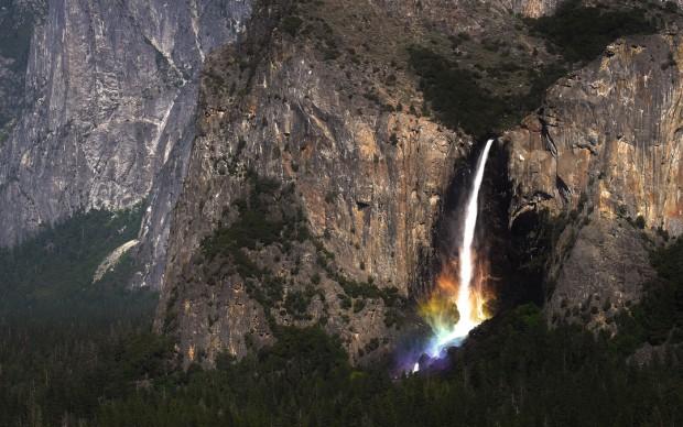 Бездомный живет в горах Йосемити, гуляет по отвесным скалам и пишет статьи по квантовой механике