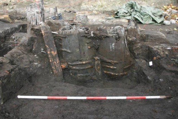 Найдены 700-летние бочки с прекрасно сохранившимися человеческими экскрементами