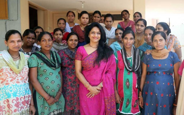 В Индии есть «детские фермы», где нищие женщины вынашивают детей для иностранцев