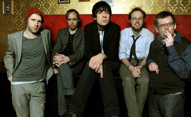 В Германии популярна рок-группа «Station17», в которой играют только инвалиды