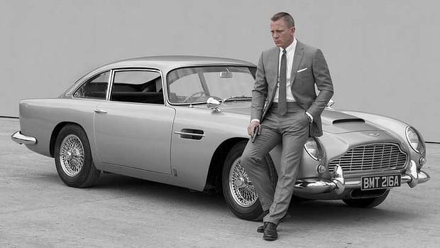 «AstonMartin» пообещал Дэниелу Крейгу бесплатно предоставлять автомобили в любой момент до конца жизни