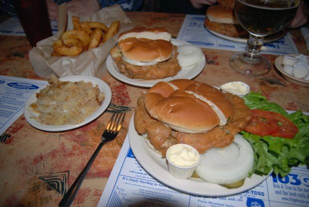 10 самых странных блюд, которые можно найти в ресторанах