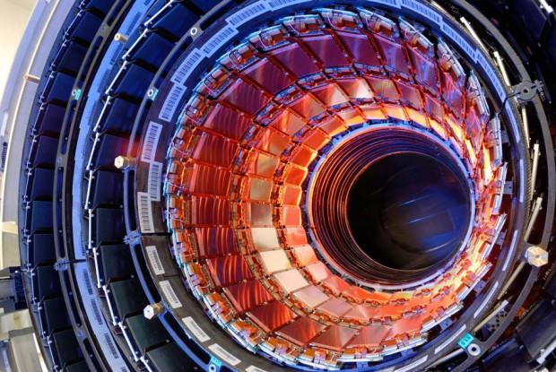 Обычно мы преобразуем материю в энергию, но в 2015-м году в ЦЕРН попробуют сделать обратное