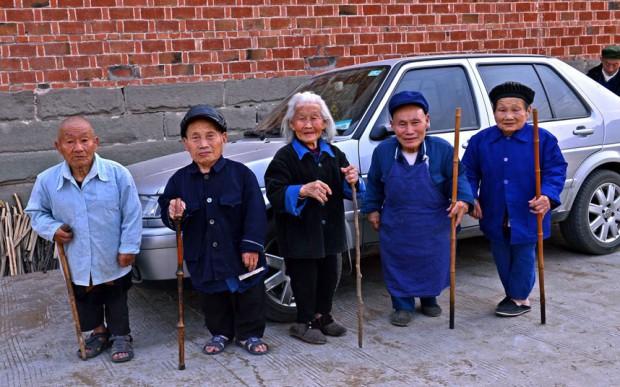 В Китае есть деревня, населённая карликами