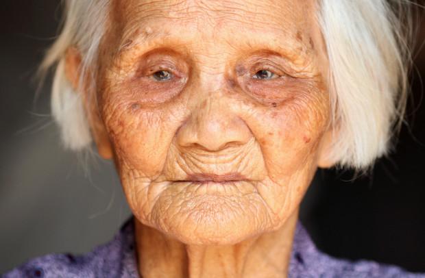Старики в Китае совершают самоубийства, чтобы быть уверенными, что их похоронят, а не кремируют