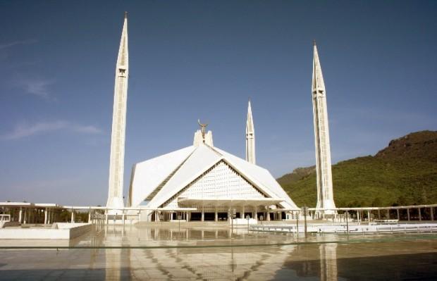 Внушительная мечеть Шах Фейсал Исламабада
