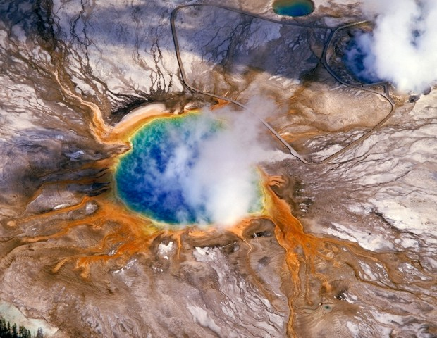 © www.yellowstone.net