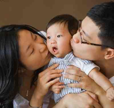 Зу Кин с семьей