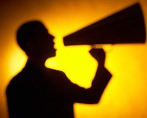 Читайте также: «Люди слышат свой голос иначе, чем окружающие, потому что слышат его сквозь воду и воздух»