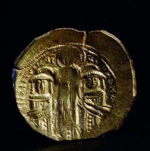 Золотая монета 13-го века