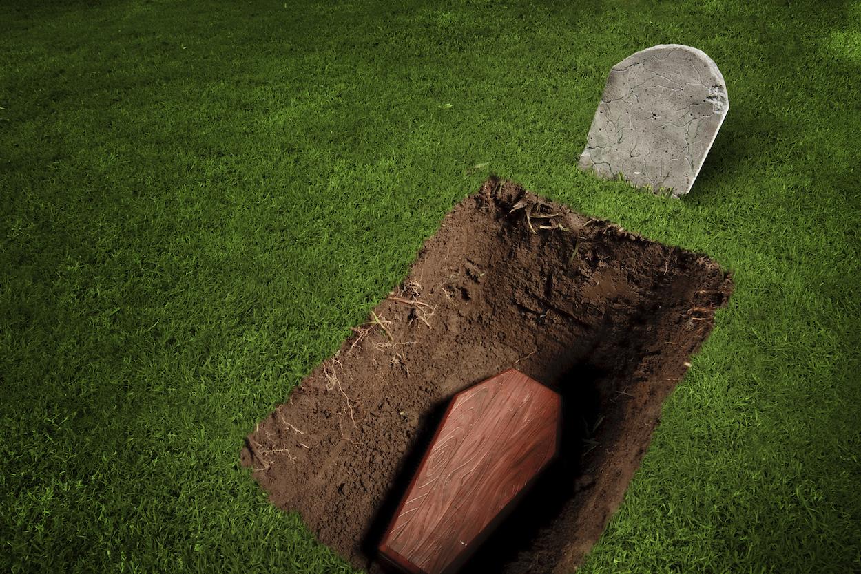 Как выбраться из гроба в случае, если вас похоронили заживо