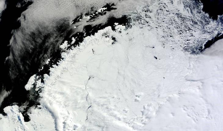Ледник Ларсена вморе Уэддела, квостоку отАнтарктического полуострова
