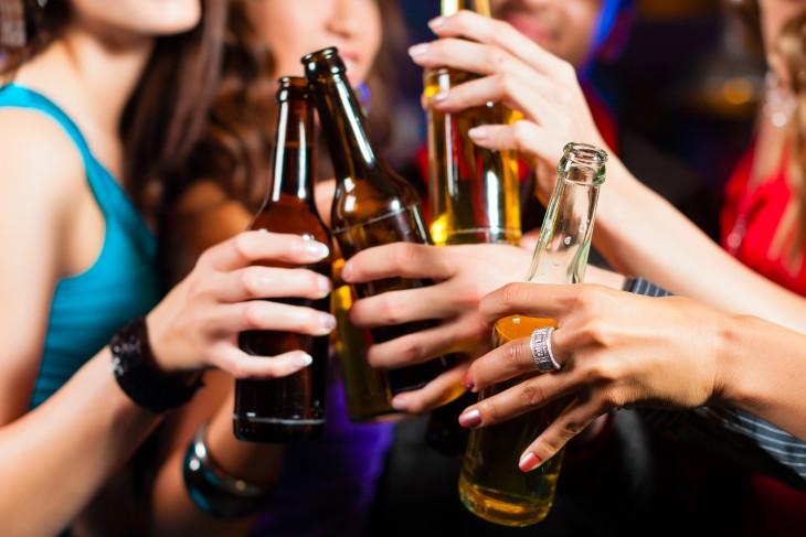 10 мифов об алкоголе, в которые все верят, а зря