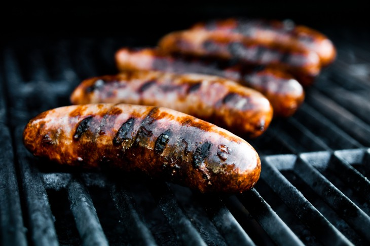 Официально: колбаса и сосиски вызывают рак. Не ешьте эти продукты и не давайте их детям!