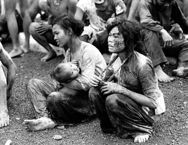 25 исторических фотографий, от которых сжимается сердце
