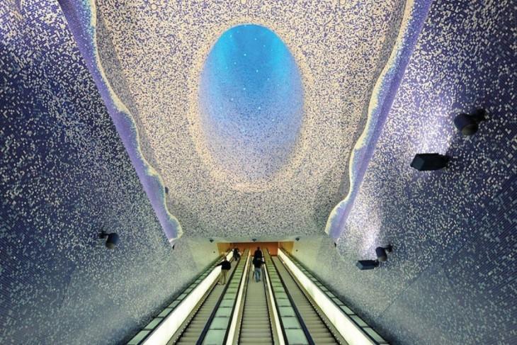 10 восхитительных станций метро, похожих на подземные музеи