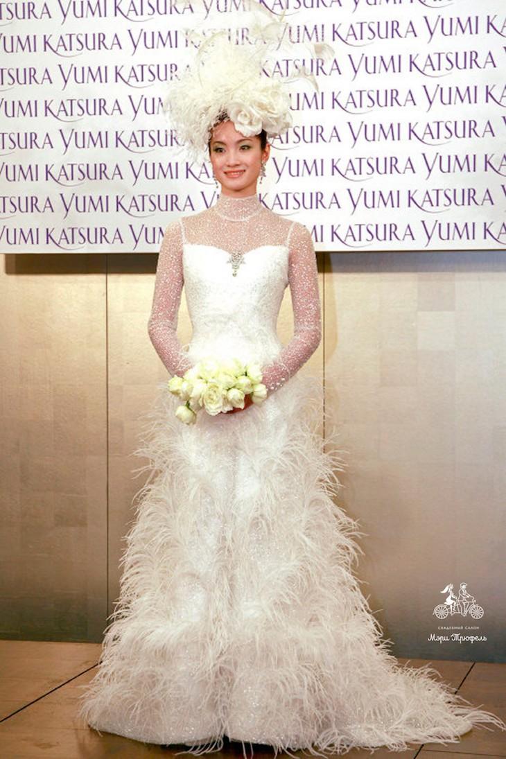 Заглянем под юбку свадебного платья фото 56-644