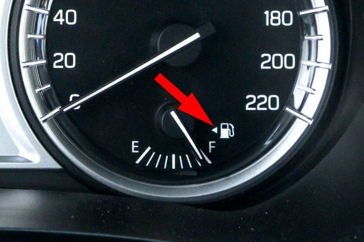 Для чего в машине нужны эти кнопки, которыми вы обычно не пользуетесь?