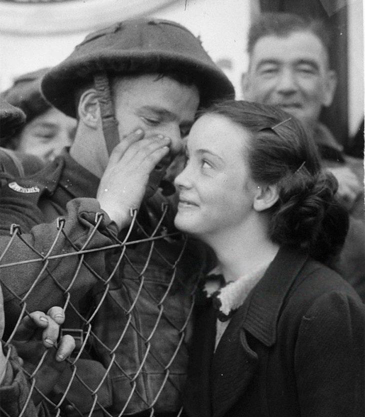 Фото 18 - любовь во время войны 20 фотографий наполненных глубокими чувствами