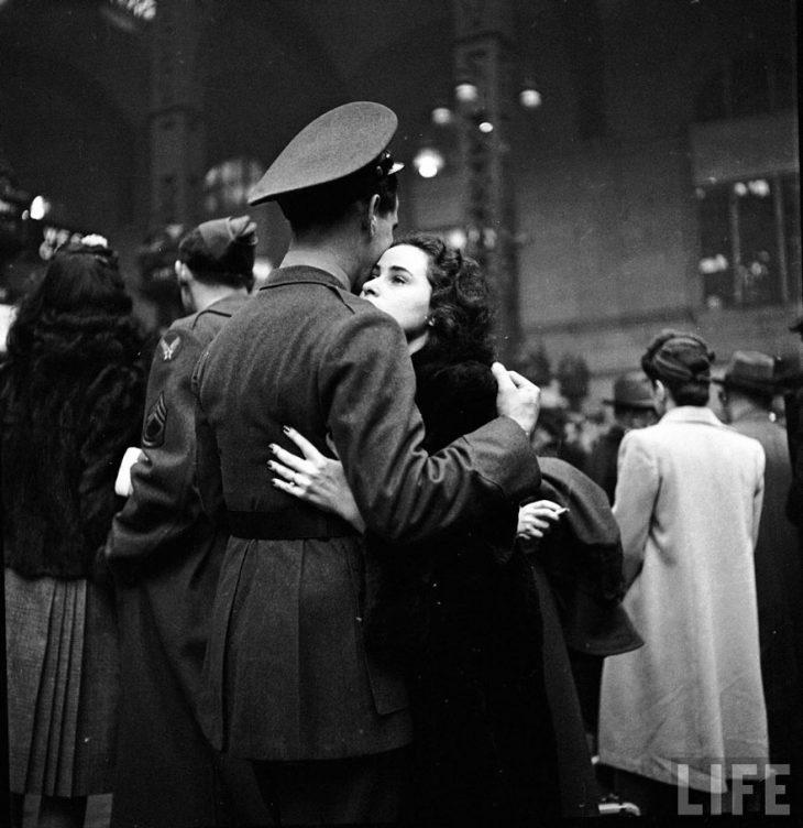 Фото 5 - любовь во время войны 20 фотографий наполненных глубокими чувствами