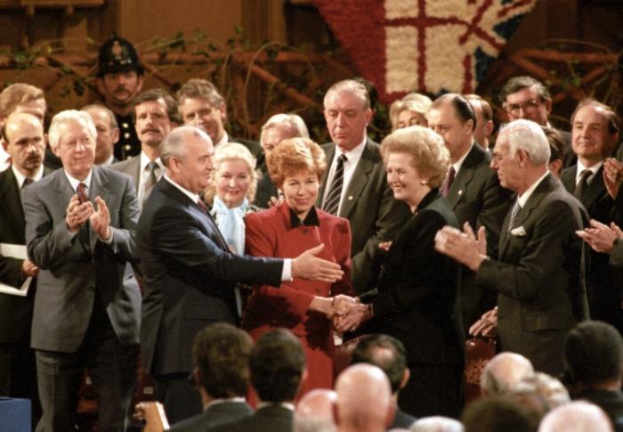 Супруги Горбачевы и Маргарет Тэтчер, 1989