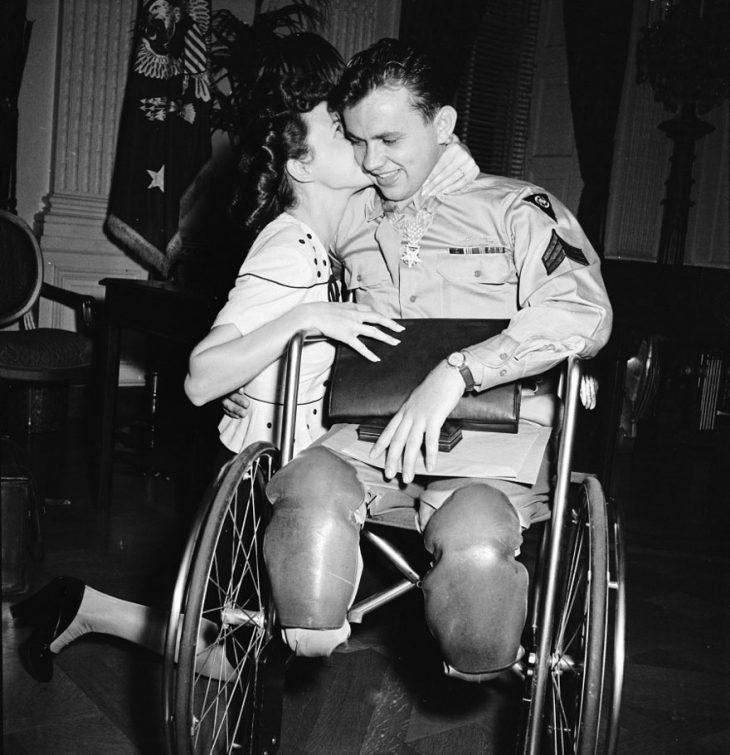 Фото 7 - любовь во время войны 20 фотографий наполненных глубокими чувствами