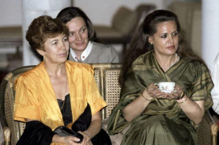 Раиса Горбачева на приеме в Дели во время официального визита в Индию, 1986