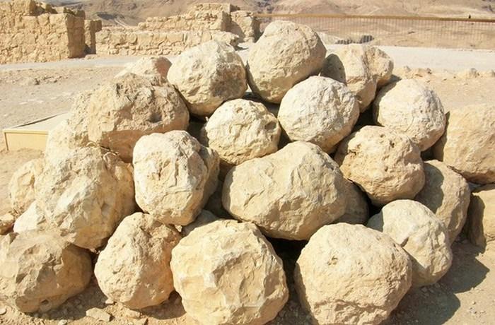 10 проклятых древних артефактов, бесследно исчезнувших в недрах истории