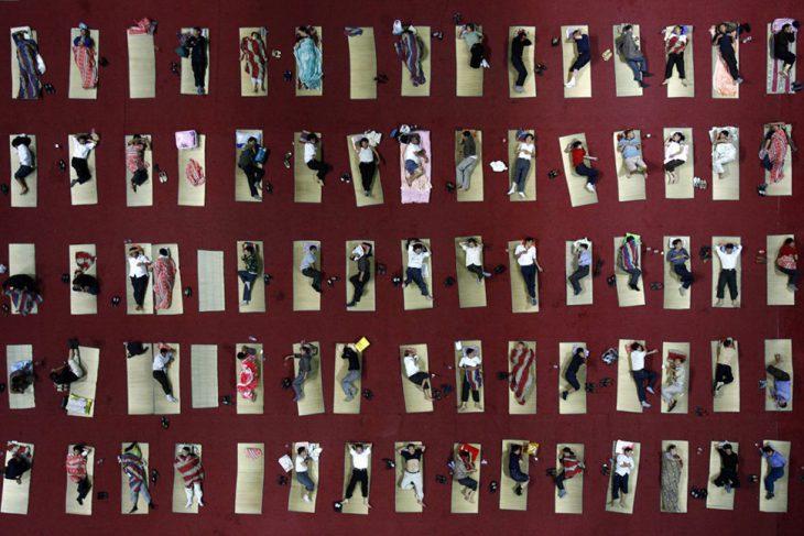 23 шокирующих фото о том, НАСКОЛЬКО много людей в Китае
