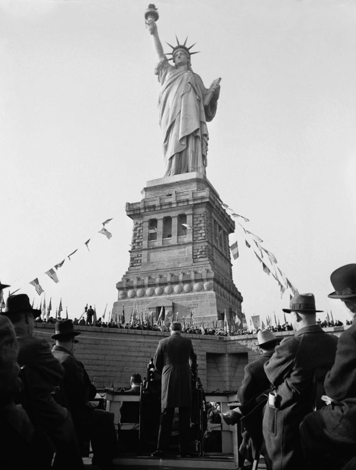 Watchf Associated Press Domestic News New York United States APHS59638 FDR STATUE OF LIBERTY