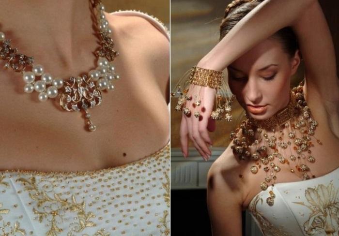 Платье, украшенное кристаллами, и бижутерия от Сваровски