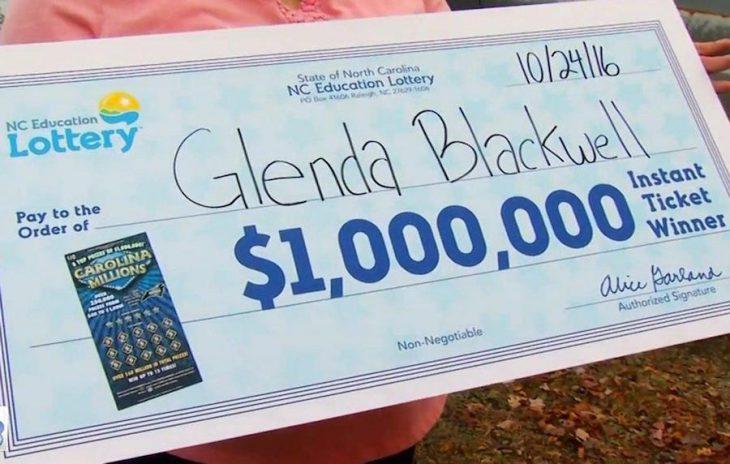 Американка пыталась доказать мужу, что в лотерею невозможно выиграть. И выиграла миллион долларов!
