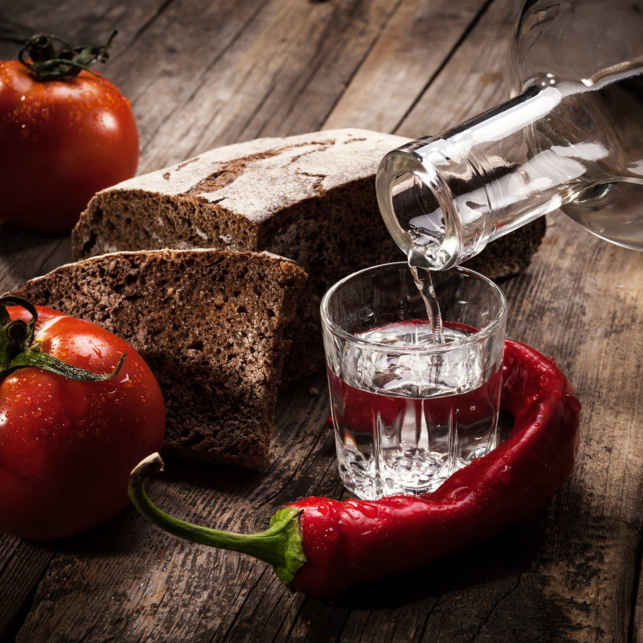 Как сделать водка с перцем